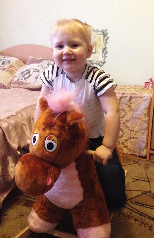 Злата Самылкина-Борискина (2 года 7 месяцев), р.п.Чаны