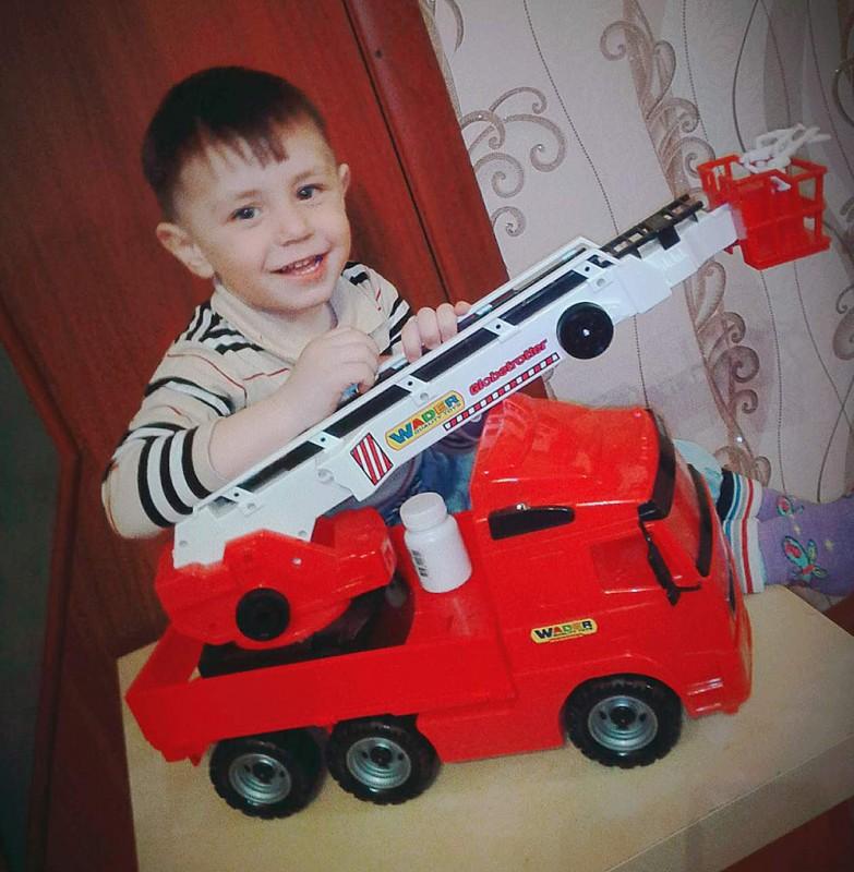 Иван Петров (3 года), с.Песчаное Озеро